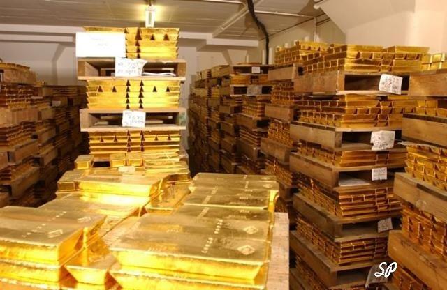 как хранят золото, золотые слитки на хранении, хранение золота