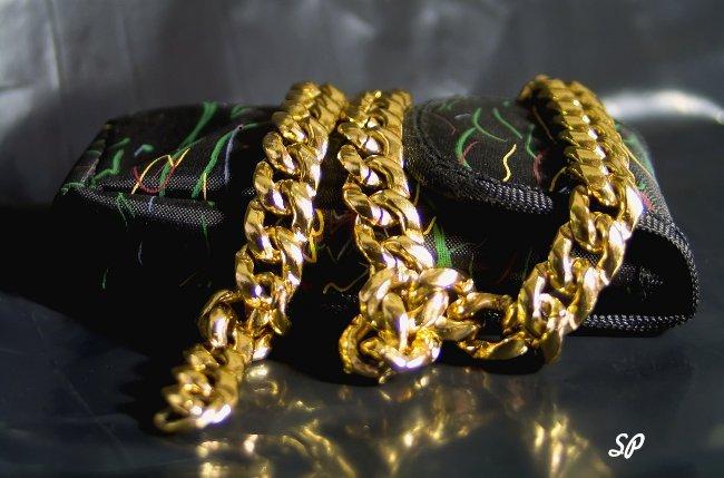 Чистка и хранение золотых украшений