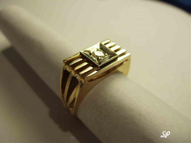 печатка мужская из зеленого золота