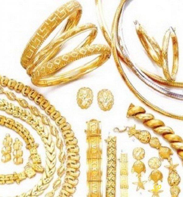 Орнамент из ювелирных украшений из жёлтого золота