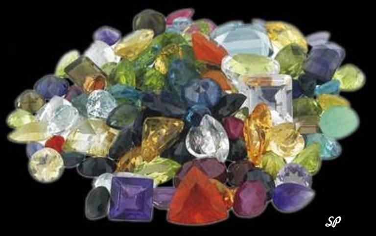 Россыпь поделочных натуральных камней