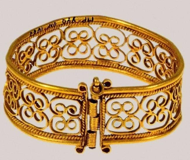 Древневосточное ожерелье