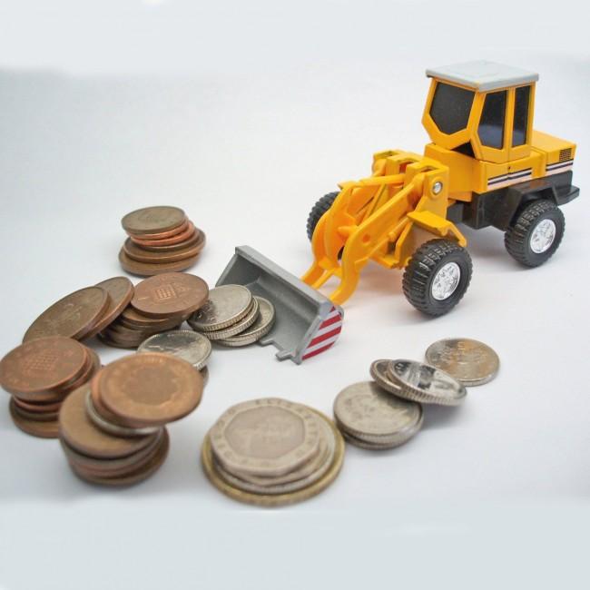 Экскаватор, загребающий монеты