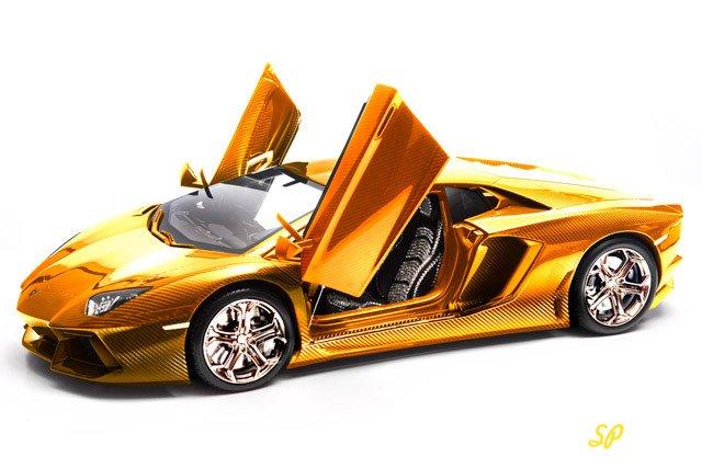 Lamborghini Aventador LP 700-4 из золота