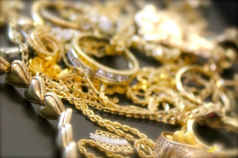 золотые изделия, изделия из золота