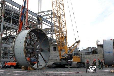 крупнейшая в мире мельница по переработке золотой руды, подготовка к работе