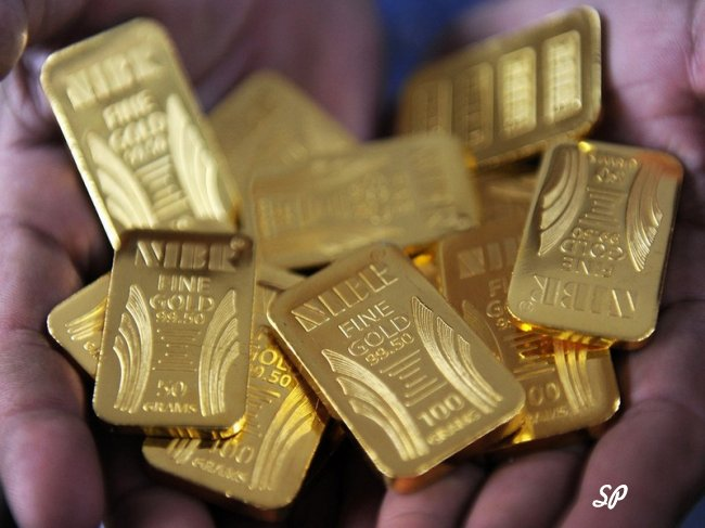стоит ли хранить деньги в золоте?