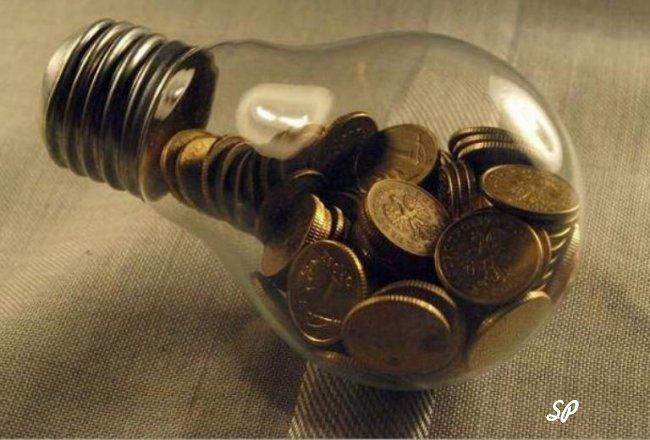 Монеты в лампочке