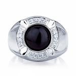 Мужское кольцо из платины с ониксом и бриллиантами, цена 86 177 руб
